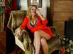 Kinky грубое порно бабушка с большими сиськами и волосатые киски