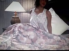 Смотреть порно молодых пар видео Волосатый Джози rall играет с ее густой темно Буша
