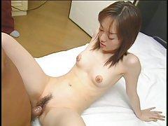 Маленькая порно игры фури Азиатская девушка с малюсенькими tits и плотным телом трахал маленький хуй в спальне